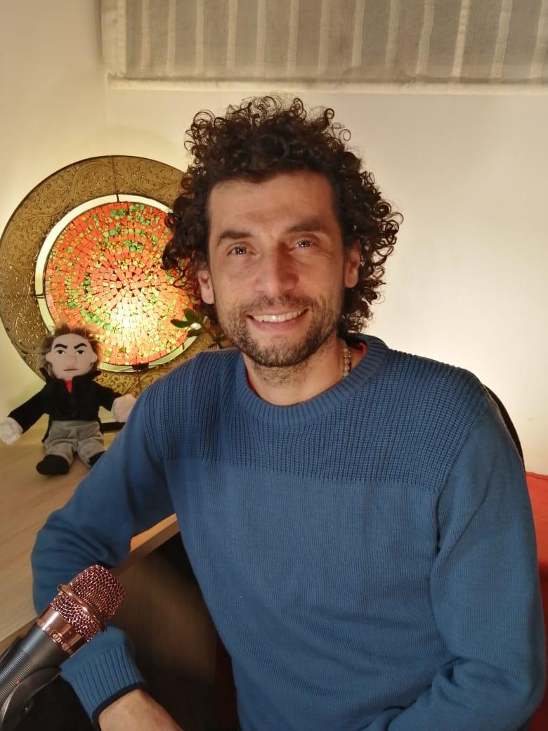 Santiago Vilá