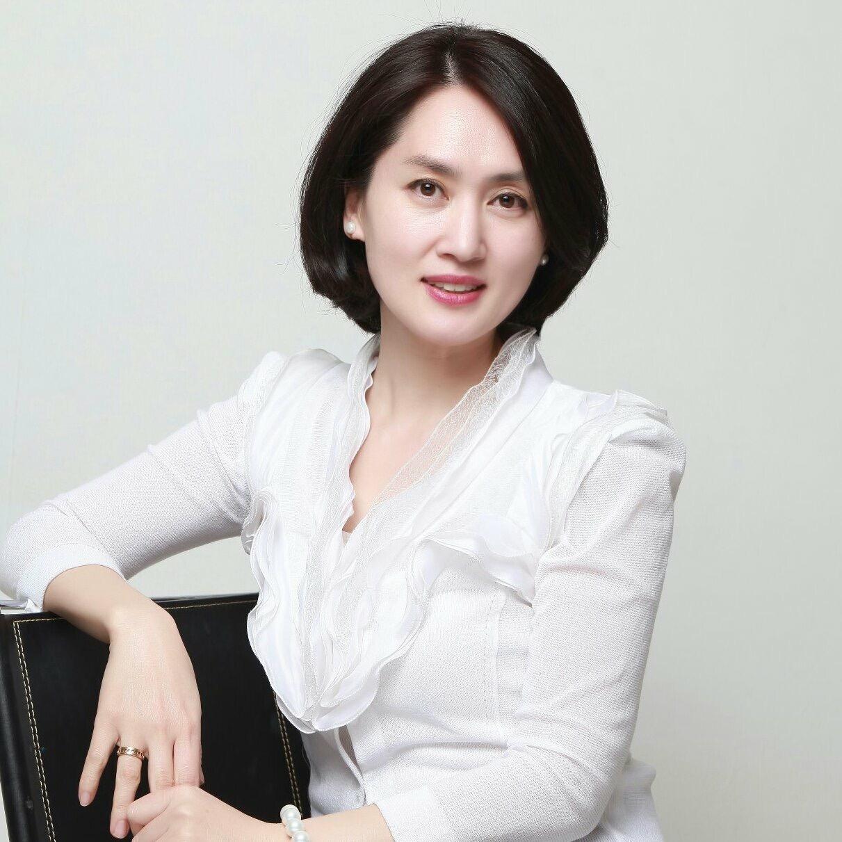 Hyun Ju Chong